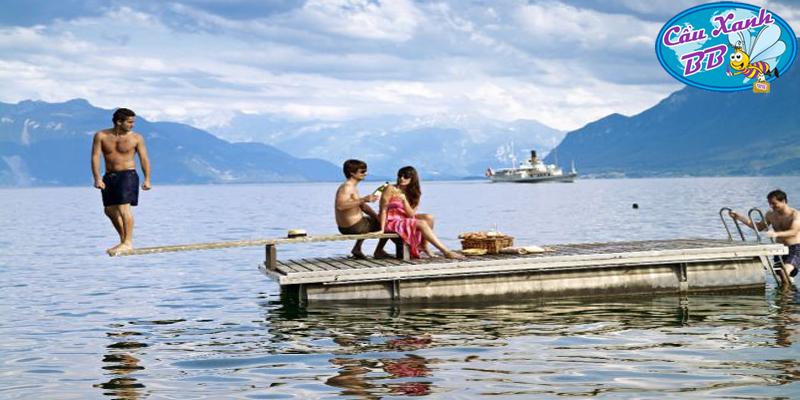 """Thụy Sỹ và thành phố Montreux """"ma quái"""""""