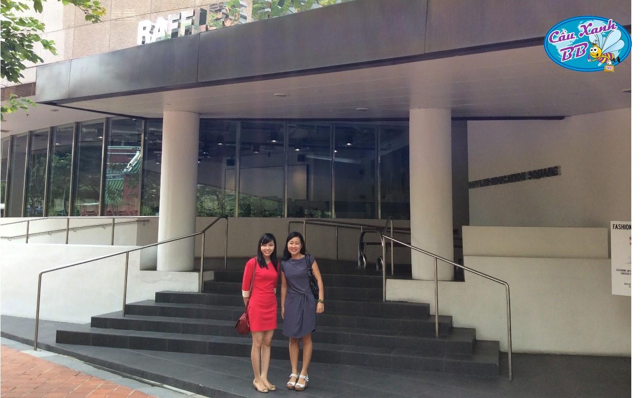 Raffles Singapore, chuyên thiết kế thời trang, kinh doanh và thương mại