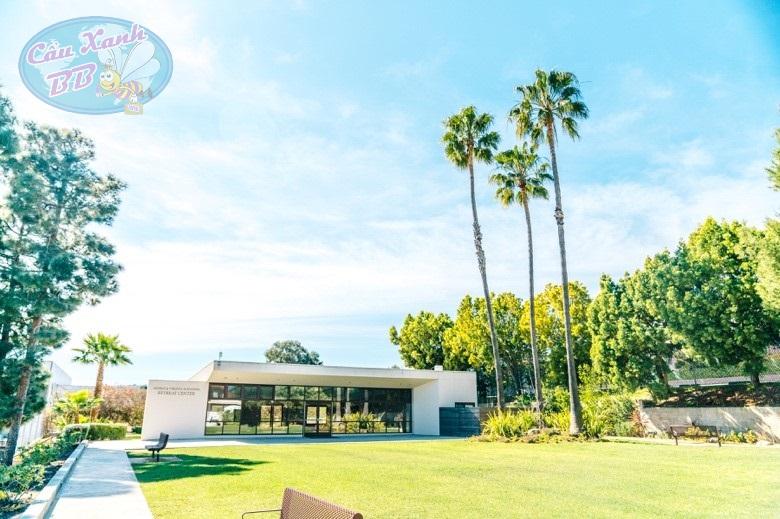 Du học  Amerigo Los Angeles – Bishop Montgomery High School
