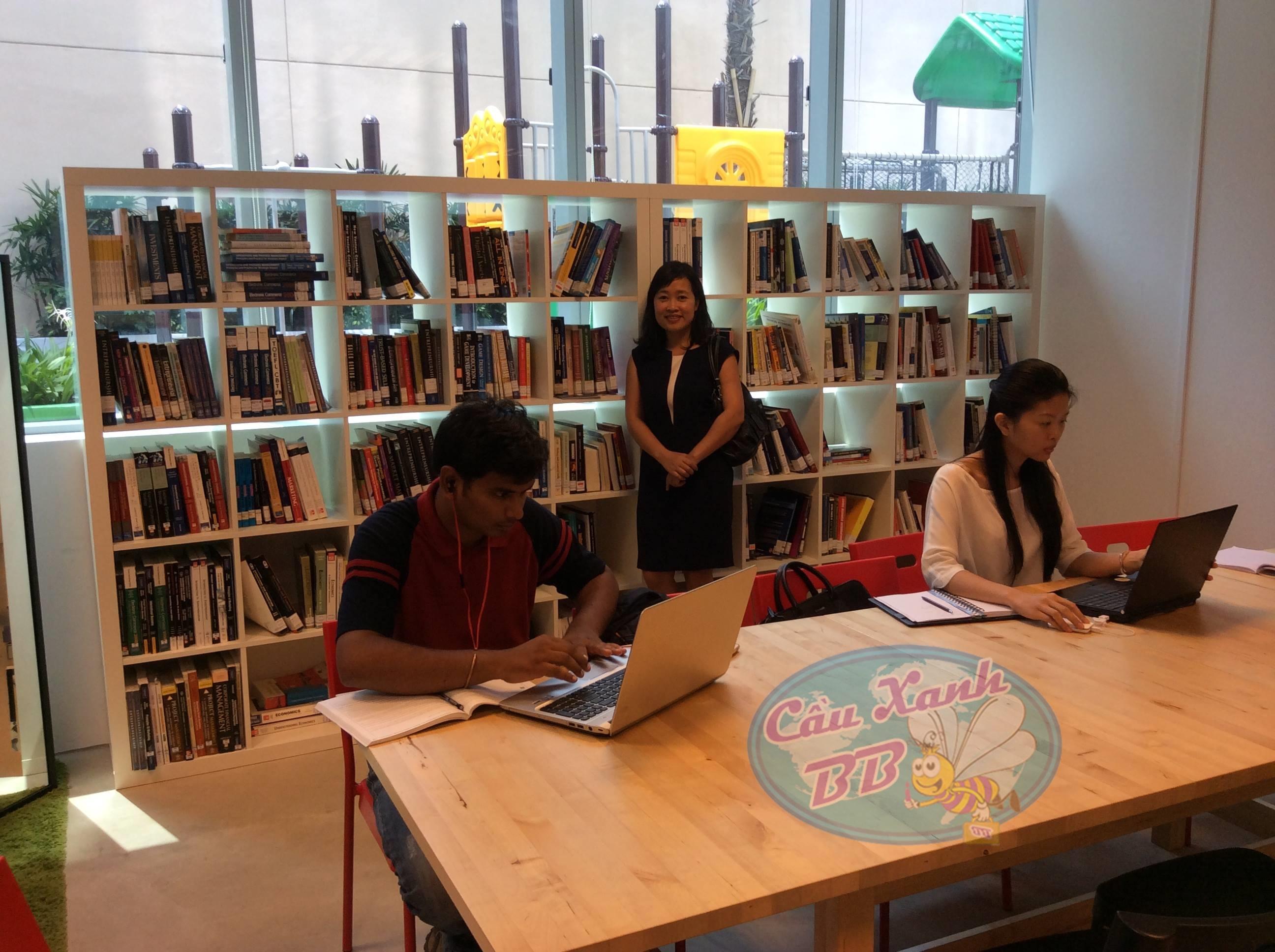 Tìm việc ở Singapore sau du học, dễ hay khó?