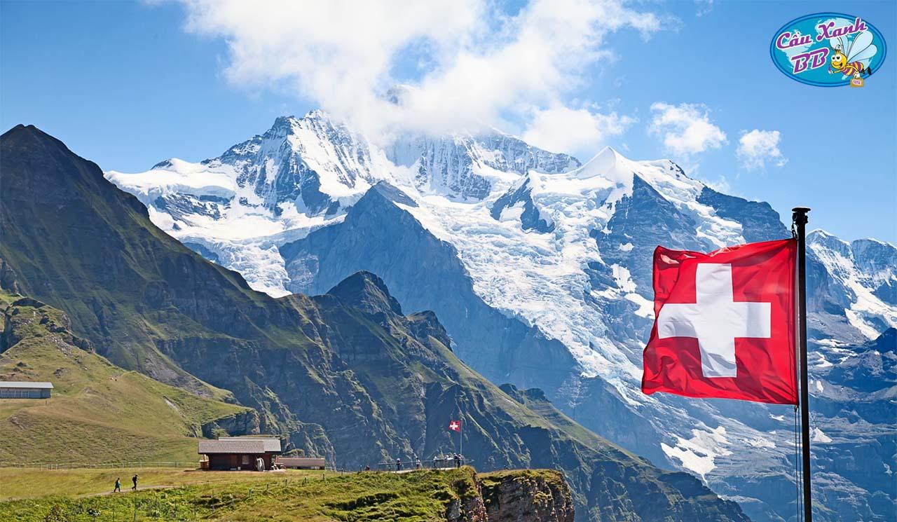 Gặp trường HTMi Thuỵ Sĩ, lựa chọn du học an toàn trong thời dịch covid-19